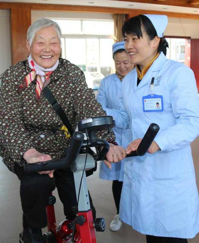 江西庐山桃花源民族养老开发有限公司招聘:厨师、行政人事、白案、客房服务