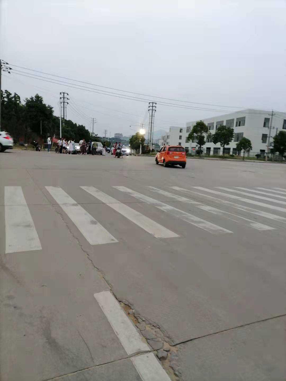神灵湖大桥,桂家村十字路口又出一起交通事故